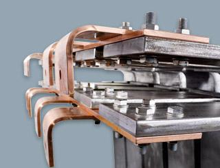 Detail einer verbleiten Flachstahlanode von Röhr + Stolberg